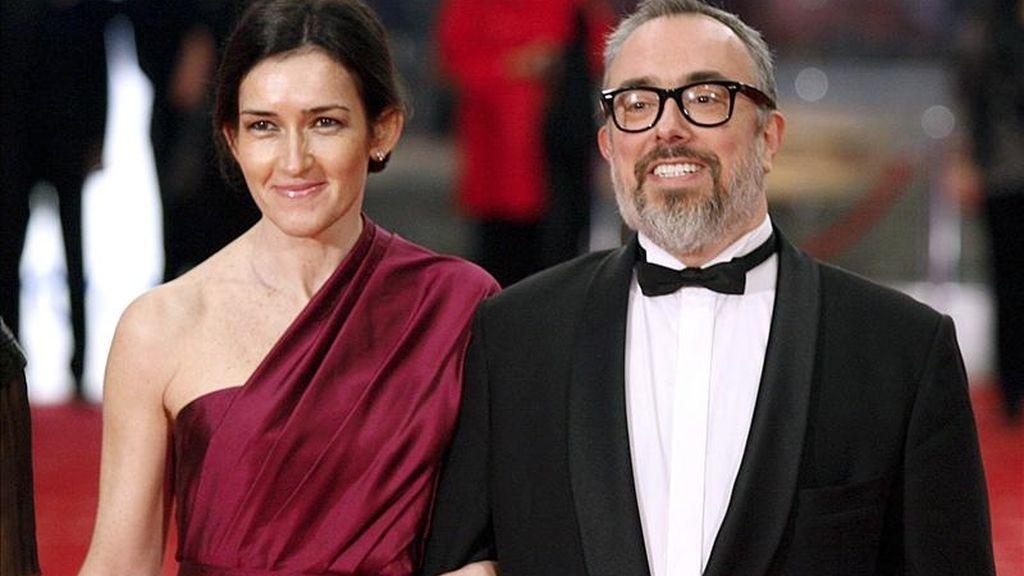 La ministra de Cultura, Ángeles González-Sinde, y el presidente de la Academia de Cine, Álex de la Iglesia a su llegada a la ceremonia de los XXV Premios Goya, esta noche en el Teatro Real de Madrid. EFE