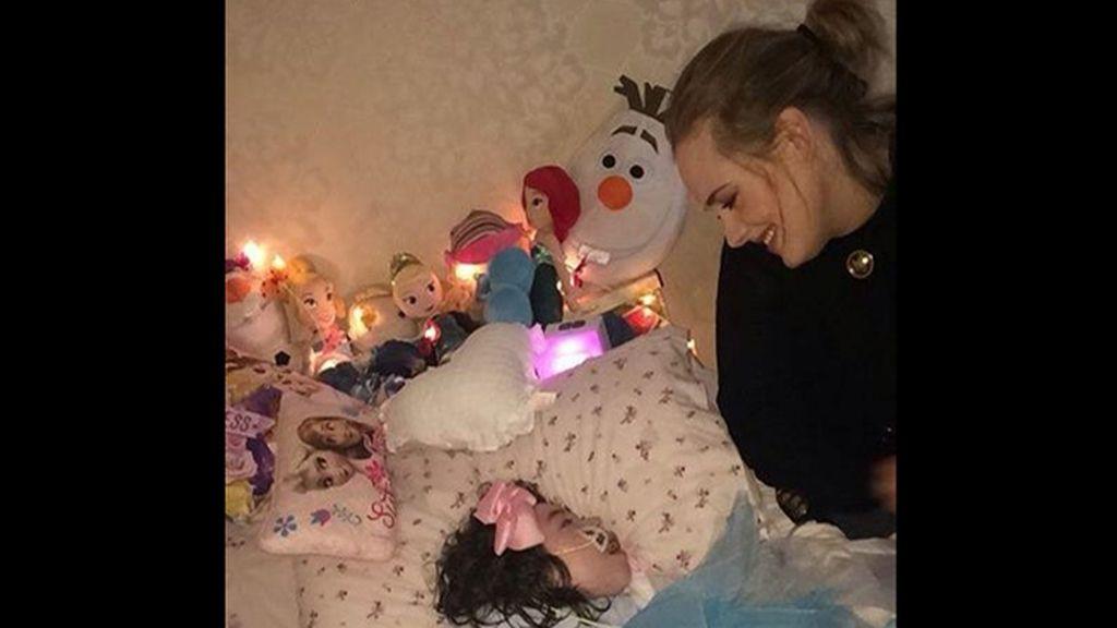 Adele pausa su gira mundial para visitar a una niña en fase terminal