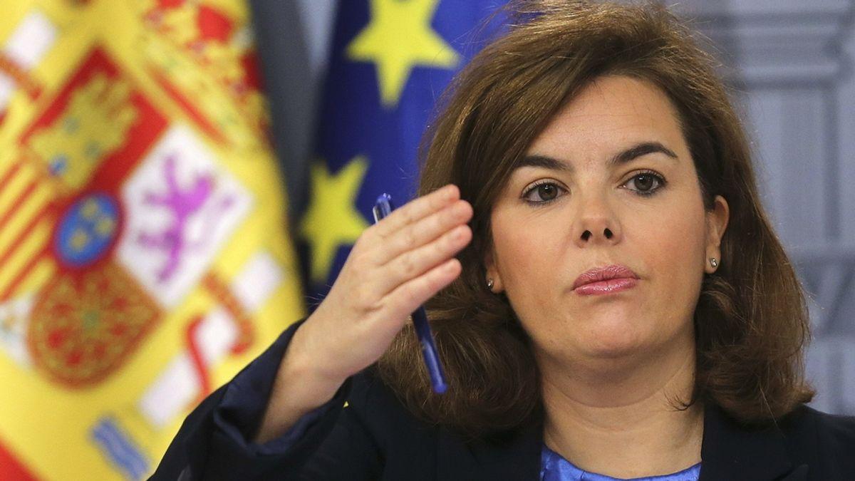 La vicepresidenta del Gobierno, Soraya Sáenz de Santamaría, en rueda de prensa