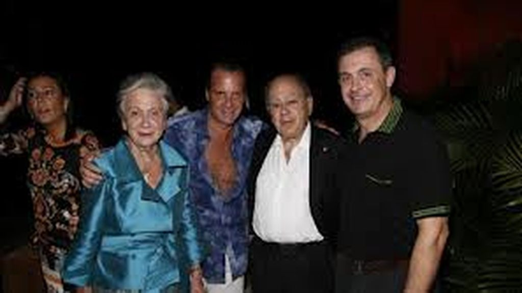 Jordi Pujol Ferrusola junto a sus padres, Jordi Pujol y Marta Ferrusola