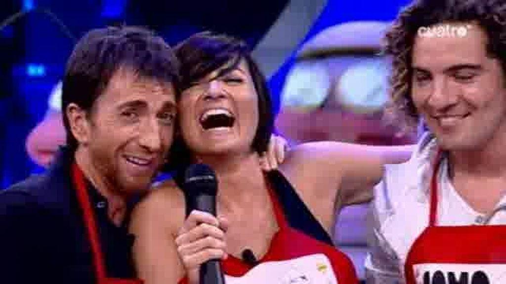 Pablo Motos, Silvia Abril y David Bisbal cantan cochinando