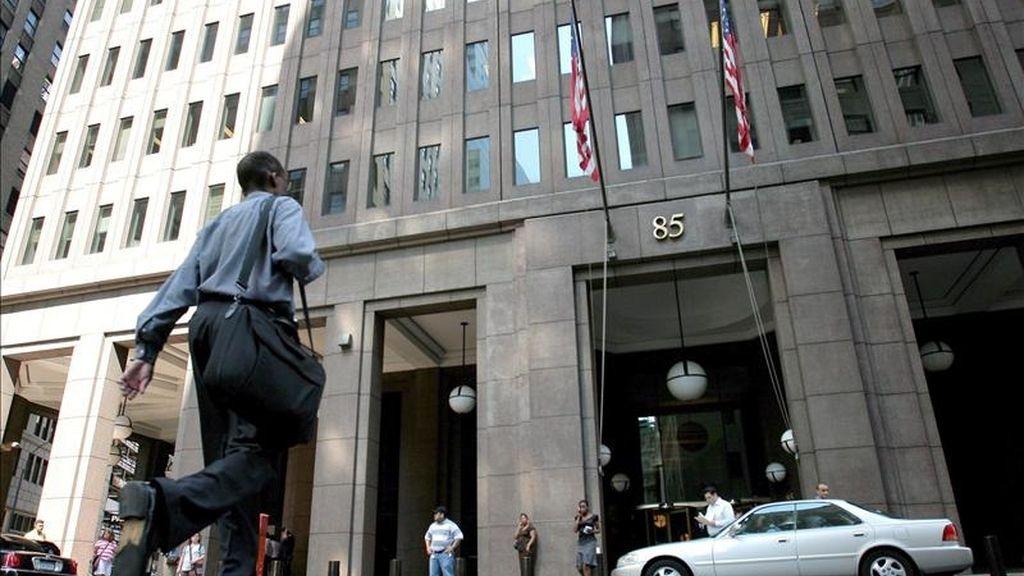 Por primera vez en sus casi 150 años de historia, Goldman Sachs revelará qué parte de sus ingresos provienen de sus propias operaciones e inversiones y las diferenciará de los ingresos provenientes de operaciones para sus clientes. EFE/Archivo