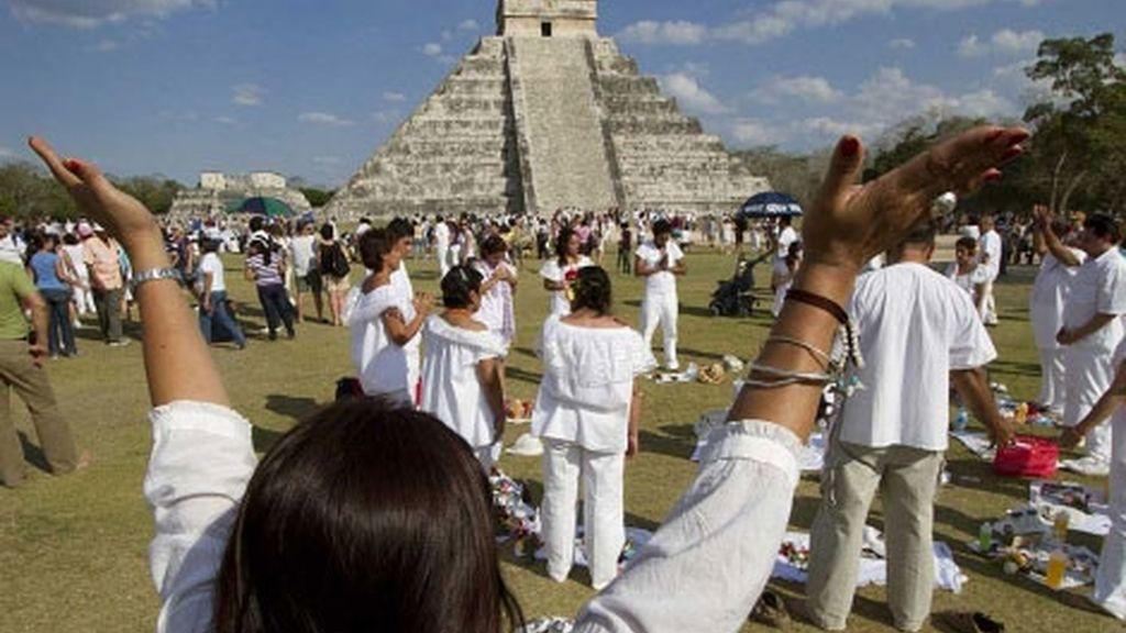 Indígenas mayas realizan una ceremonia en Quintana Roo.