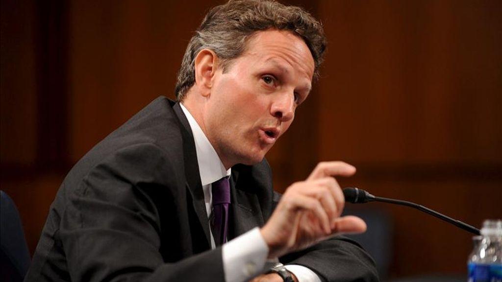 """Geithner advirtió de que la cotización artificialmente baja del yuan acarrea serios riesgos de inflación para China, """"como ya estamos viendo"""", y perjudica a las economías con monedas más flexibles, así como a las empresas estadounidenses. EFE/Archivo"""