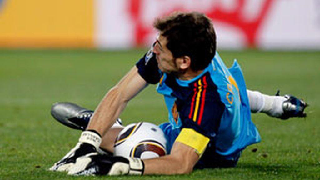 Casillas sigue dando alegrías a la selección española