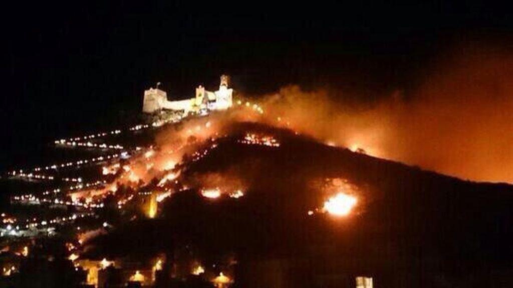 Imputados el alcalde de Cullera y el concejal de Festejos por el incendio de abril