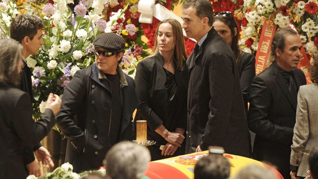 Alejandro Sanz, Príncipe Felipe y familiares