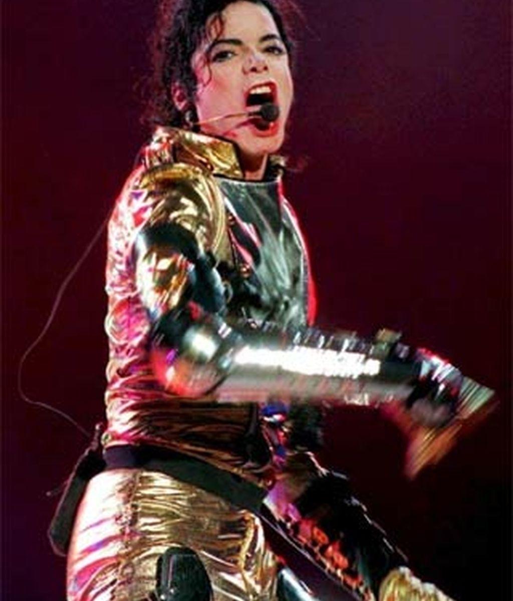 Imagen de Michael Jackson durante una actuación. Foto: EFE