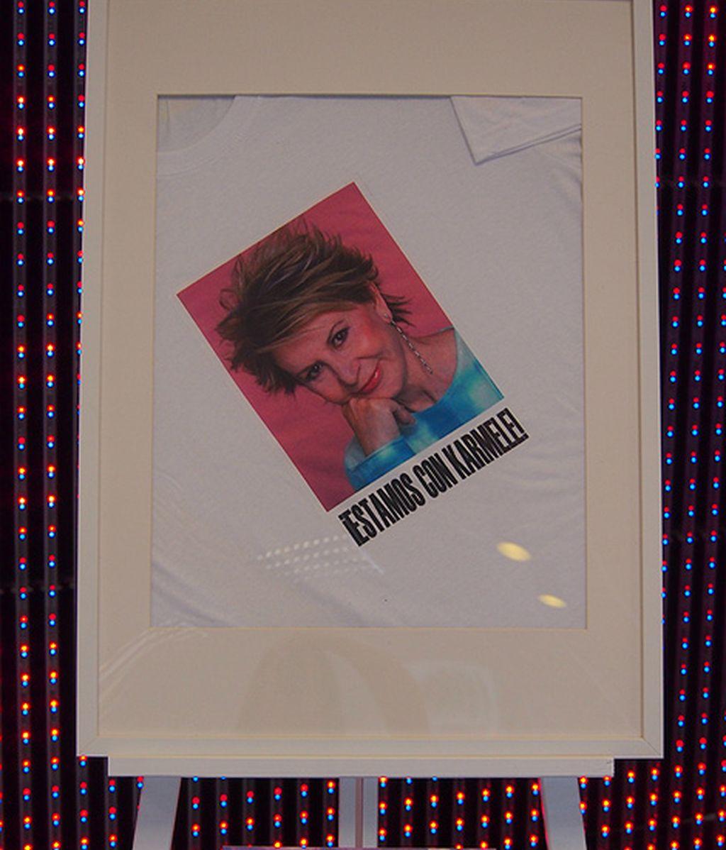 La camiseta de apoyo a Karmele Marchante en su candidatura a Eurovisión