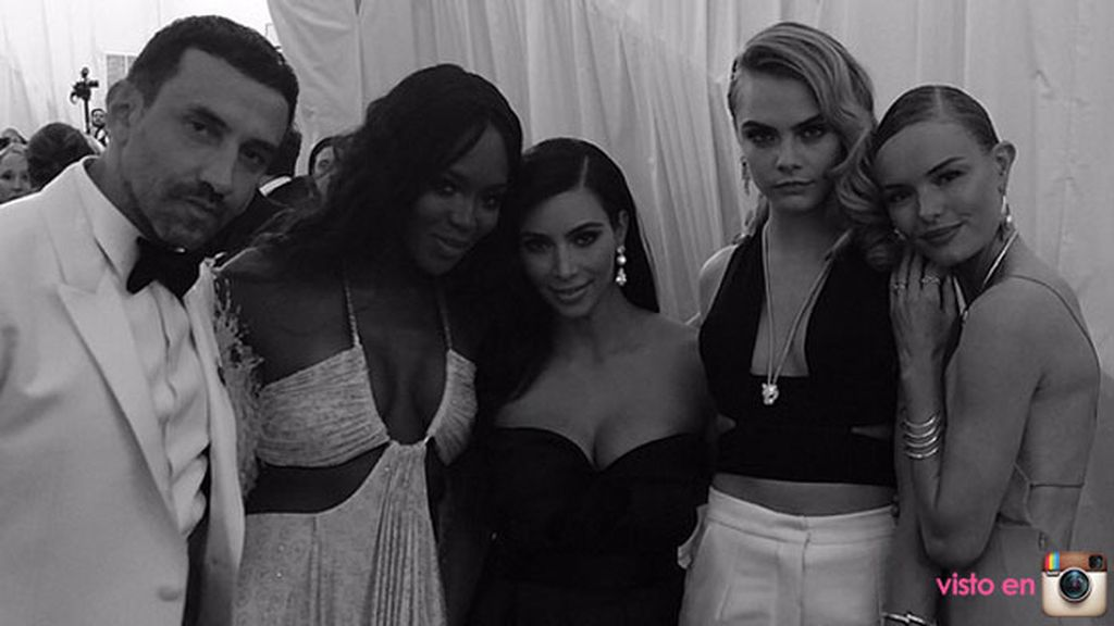 Kim Kardashian, Cara Delevingne y Naomi Campbellposaron juntas