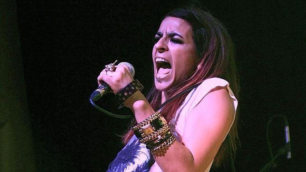 La cantante ha dedicado algunas frases fuera de tono a los periodistas en la presentación de su último álbum.
