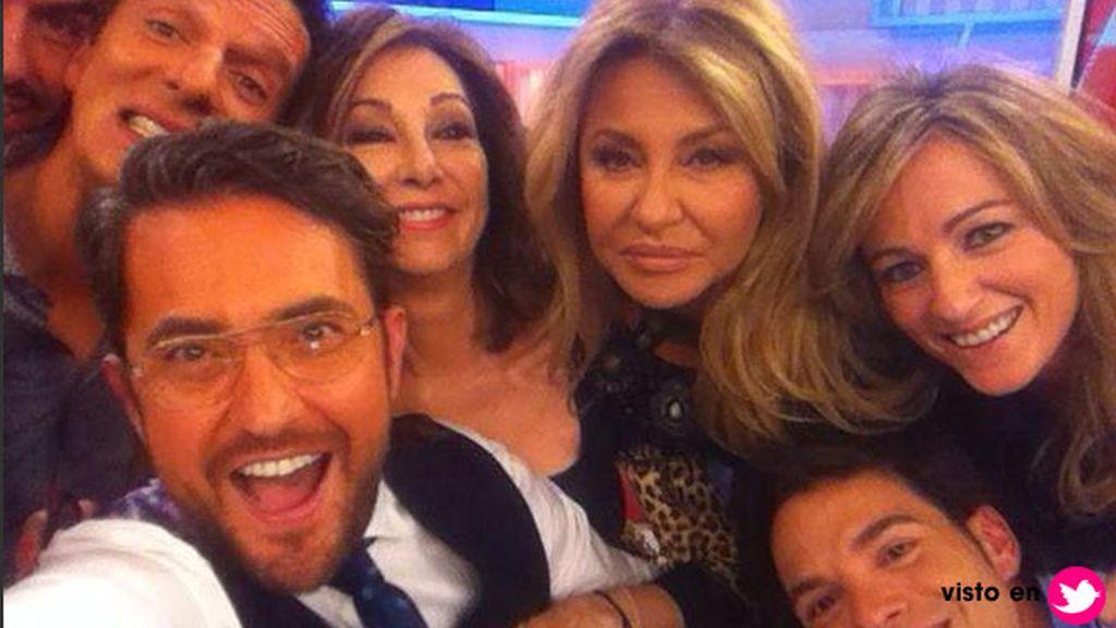 En el programa de Ana Rosa también tienen su propio 'selfie'
