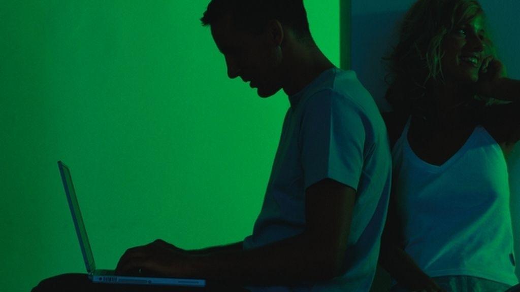 Hombre, ordenador