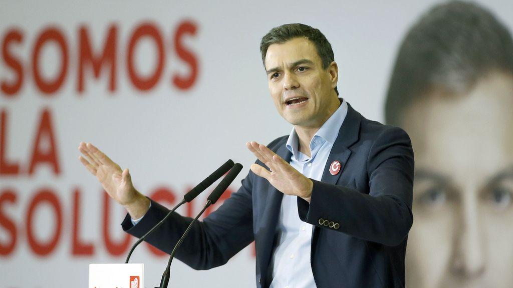 Pedro Sánchez, contra Mas y Rajoy en L'Hospitalet de Llobregat