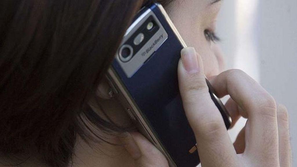 Crecen las líneas de telefonía móvil