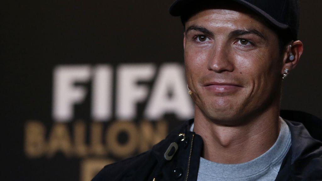 Cristiano Ronaldo antes de la gala de entrega del Balón de Oro