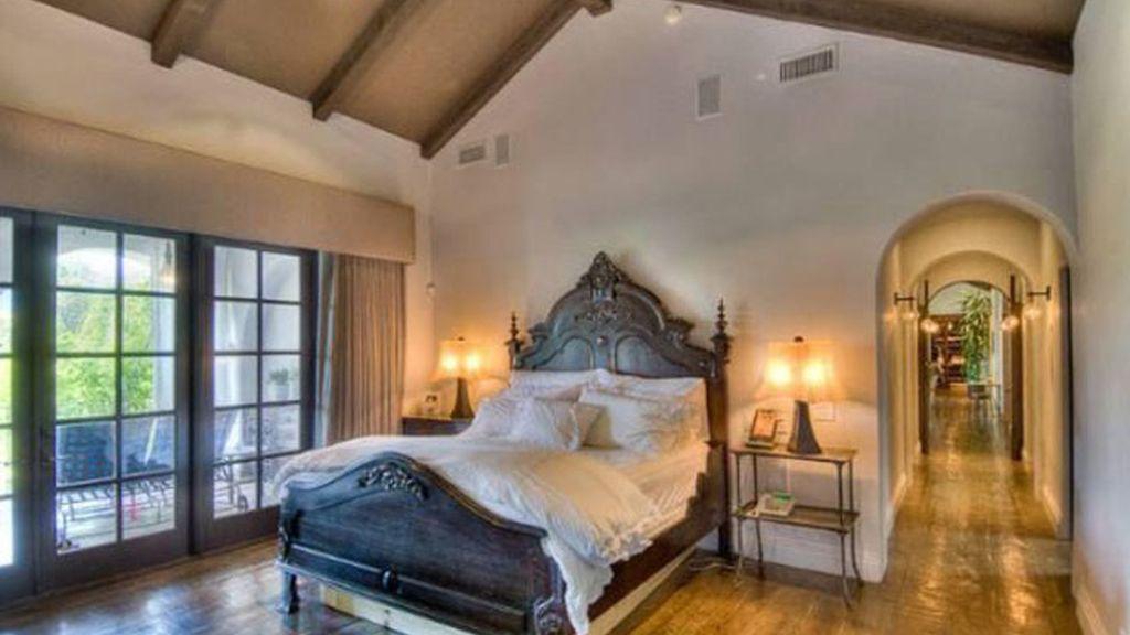 Hilary Duff vende su casa del Lago Toluca