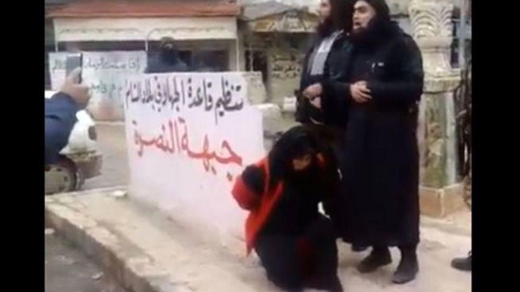 Al Qaeda,terrorismo islámico,mujeres yihadistas,ejecutada por adulterio,