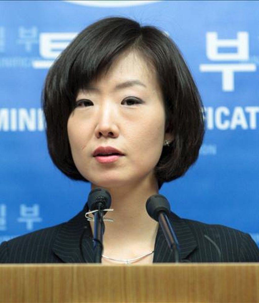 Seúl enviará representantes a Pyongyang para su primer encuentro en un año. En la imagen, la portavoz ministerial Lee Jong-joo. EFE/Archivo