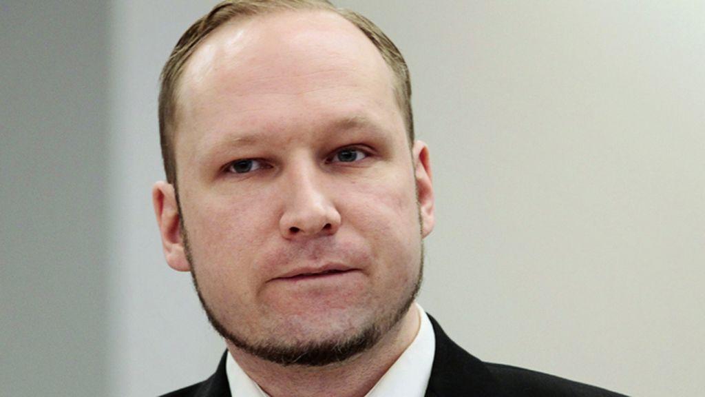 La Justicia noruega avala la violación de derechos denunciada por Breivik