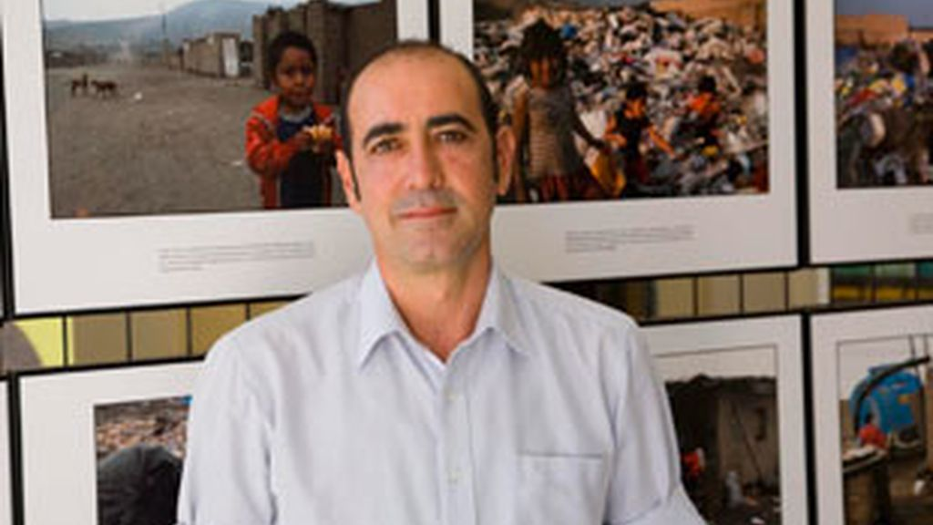 Juan está dispuesto a recorrer siete mil kilómetros en bici para construir una escuela.