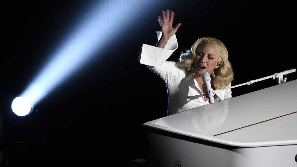 La emotiva actuación de Lady Gaga
