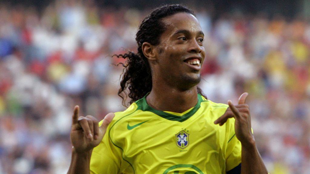 La caótica sonrisa de la magia brasileña: Ronaldinho