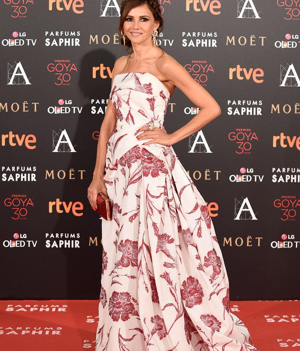 Goya Toledo con vestido de Carolina Herrera