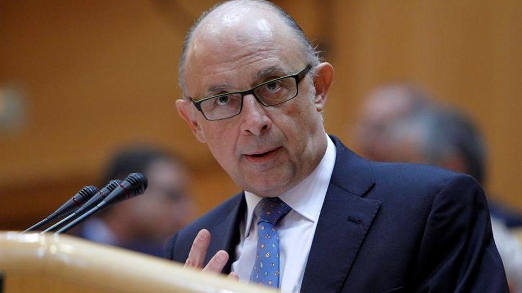 Montoro critica a la UE que no advirtió a España de su sobreendeudamiento.