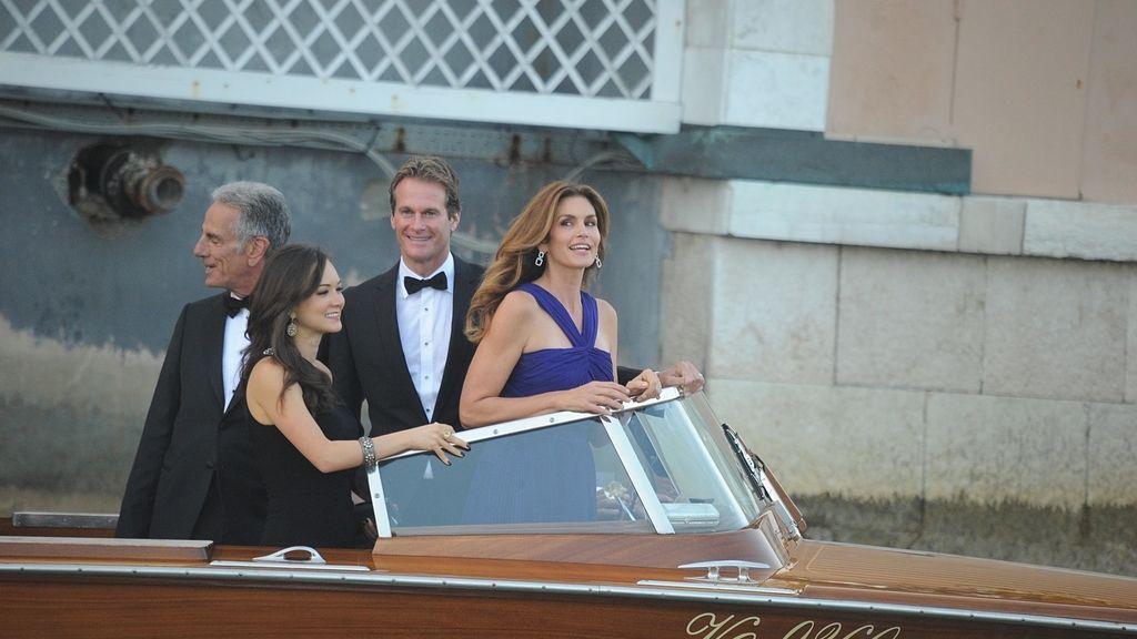George Clooney y Amal Alamuddin junto a los invitados el día de su boda