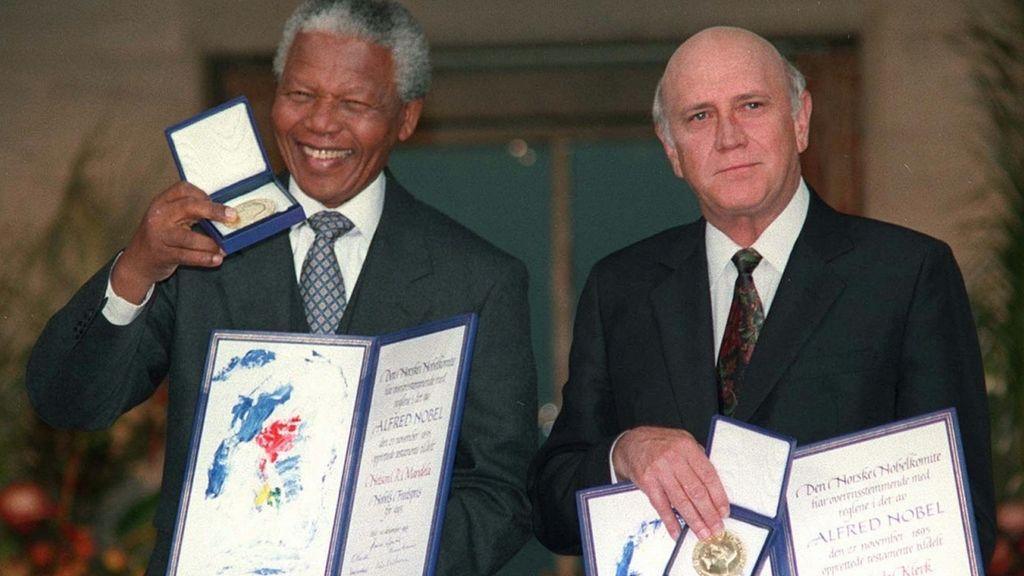 Recibió el Premio Nobel de la Paz en 1993