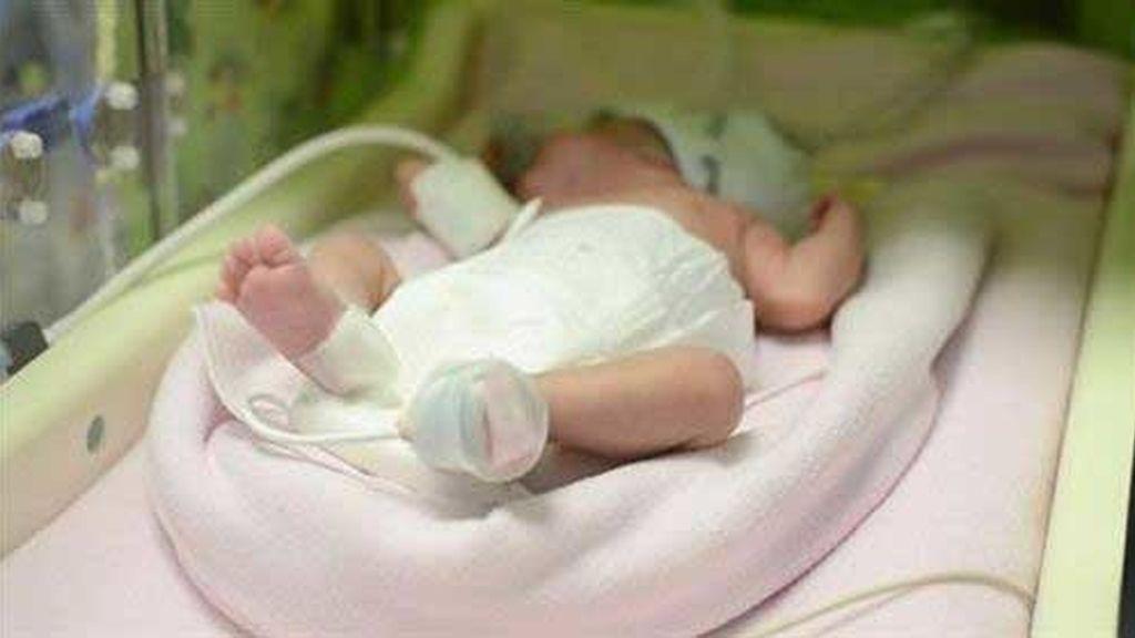 Una mujer con muerte cerebral da a luz a un bebé sano y salva a otras cuatro personas