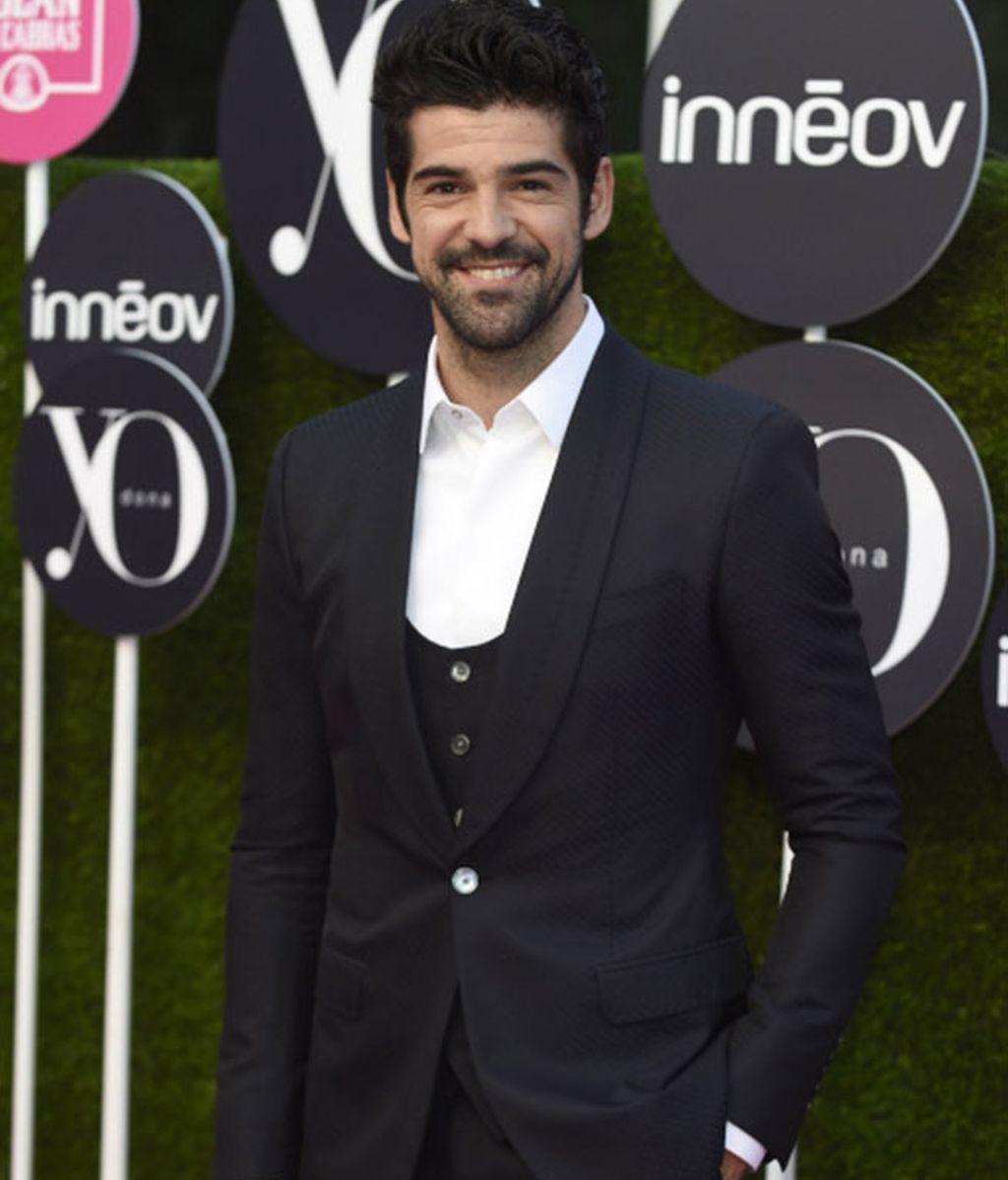 Sin pajarita ni corbata apareció el actor Miguel Ángel Muñoz