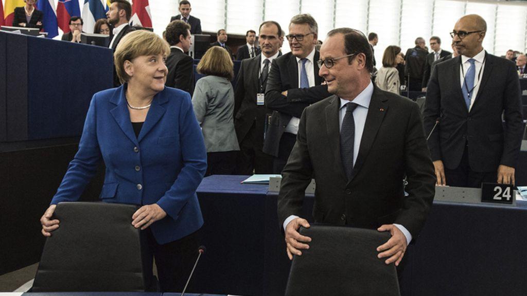 Angela Merkel y François Hollande intervienen en el Parlamento Europeo