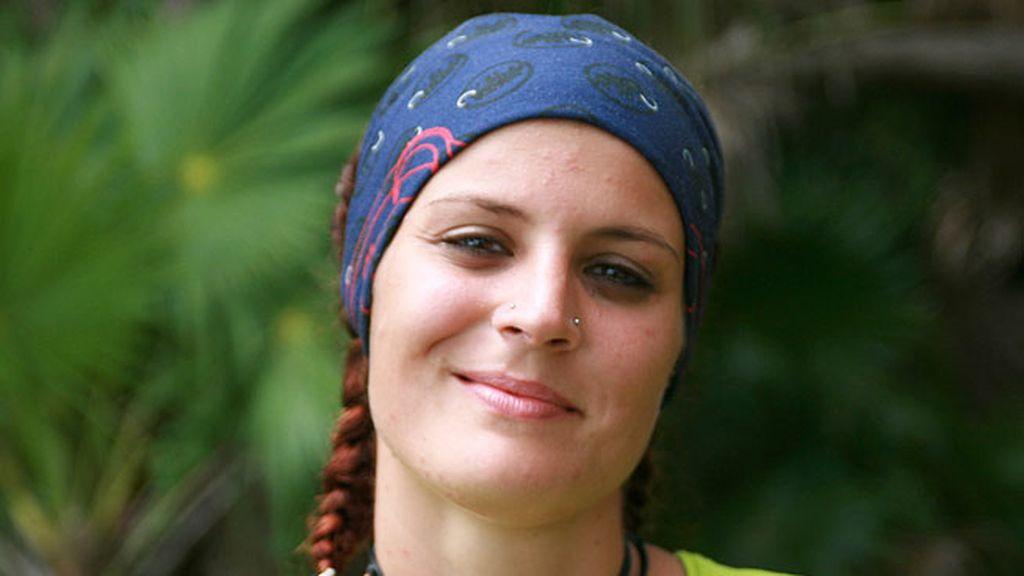 """Beatriz Gómez. 25 años. Madrid. Camarera en un bar """"heavy"""""""