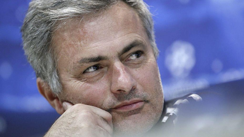 Mourinho durante la rueda de prensa