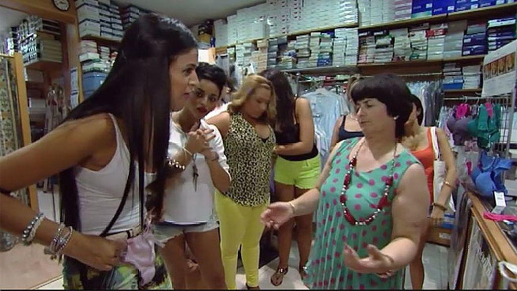Mª Carmen quiere estar segura de la ropa interior que compran sus nueras