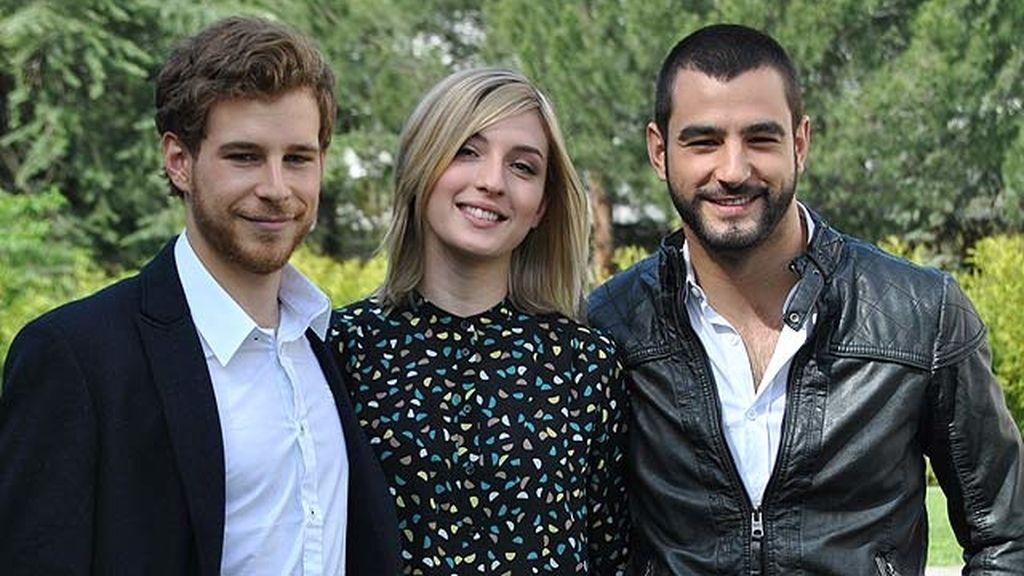 Antonio Velázquez, Álvaro Cervantes y María Valverde protagonizan esta miniserie