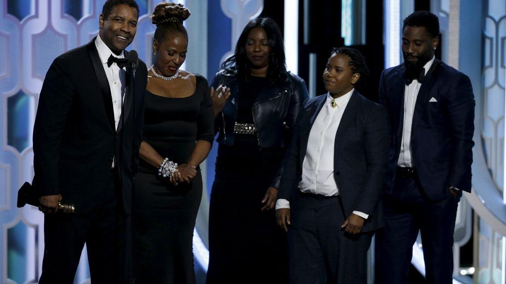 Denzel Washington junto a su familia