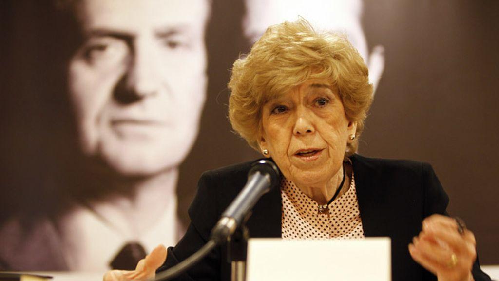 La periodista Pilar Urbano durante la presentación de su libro 'La gran desmemoria'