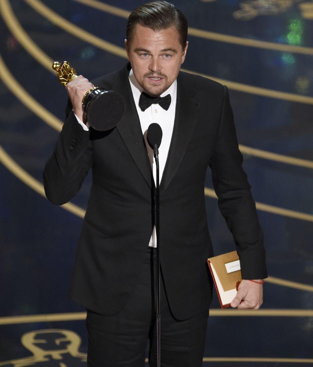 DiCaprio consigue el ansiado Óscar al mejor actor por 'El Renacido'