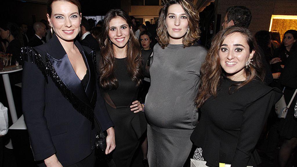 Alejandra Ortiz Domecq, Ana Cristina Portillo Domecq, Eugenia Ortiz Domecq y Ana Fournon
