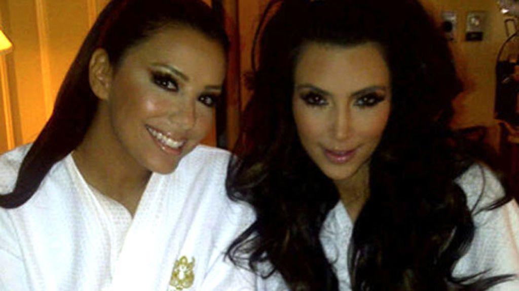 Eva Longoria colgó una foto junto a Kim Kardashian en su Twitter