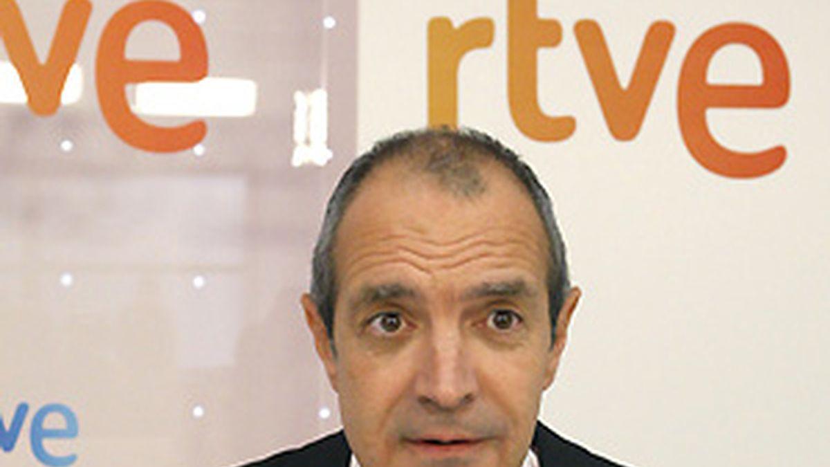 """Fernández insiste en que deja RTVE """"por motivos personales""""  y dice la elección de Oliart """"es un acierto"""". FOTO: EFE"""