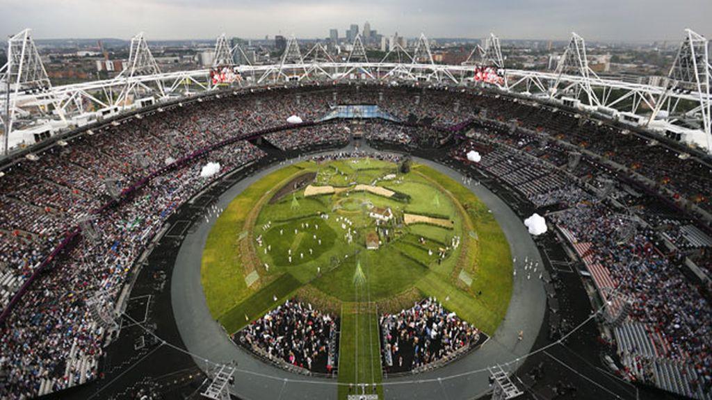 Vista general del Estadio Olímpico minutos antes de la inauguración oficial