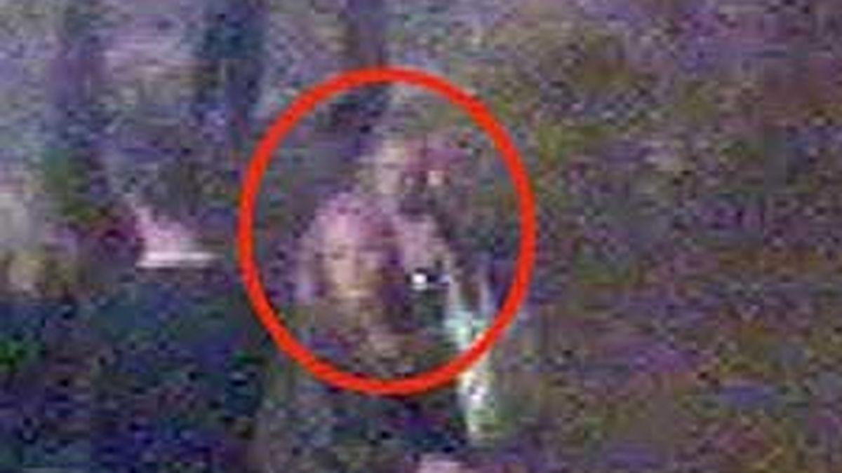 Las dos sospechosas fueron captadas por una cámara de la zona. Foto: The Daily Mail