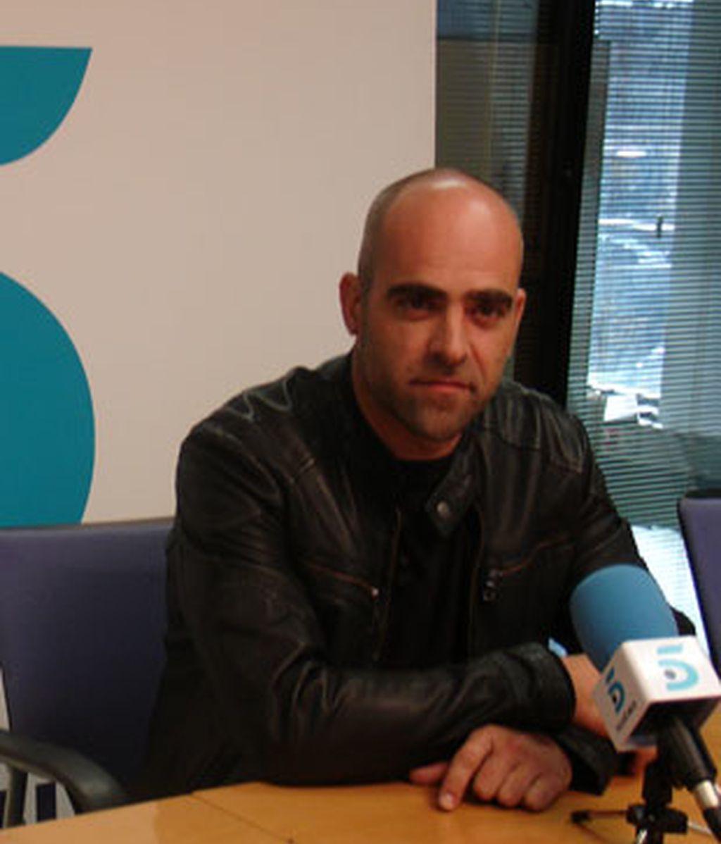 Luis Tosar ha derrochado simpatía en el encuentro digital con InformativosTelecinco.com. Video: Informativos Telecinco.
