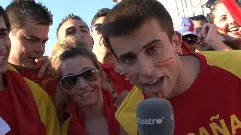 Así cantó la afición el gol de Iniesta