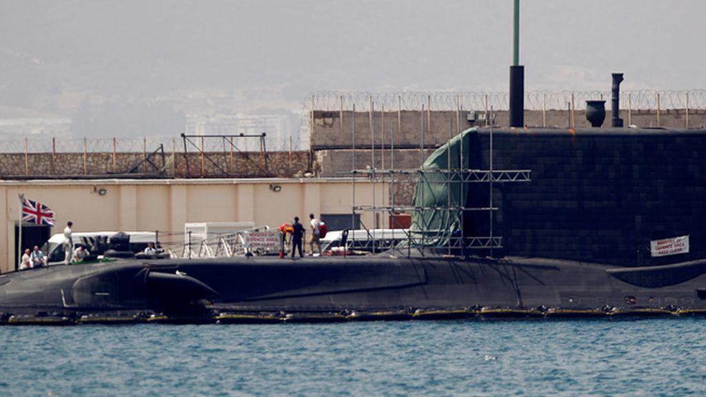 Reino Unido garantiza que el reactor del submarino nuclear siniestrado no ha sufrido daños