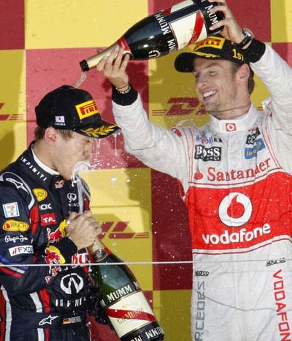 Button baña a Vettel en champan
